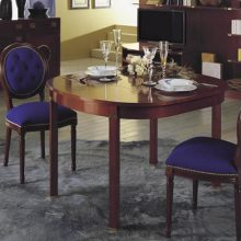 Scrivanie e tavoli